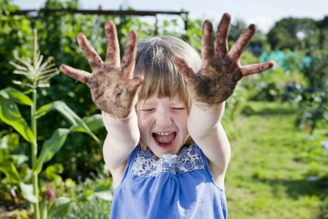 Kids Messy Hands
